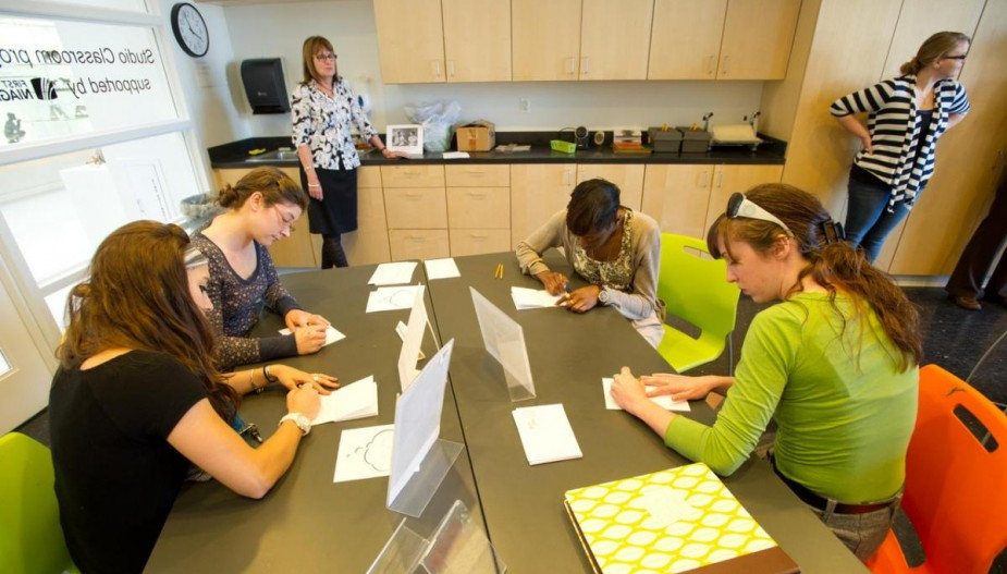 Students complete art exercise in studio