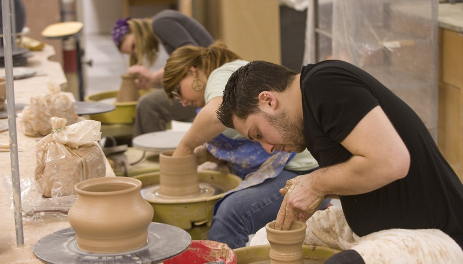 Buffalo State students in ceramics lab